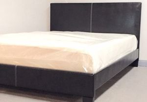 Queen black platform bed with mattress and free delivery for Sale in Austin, TX