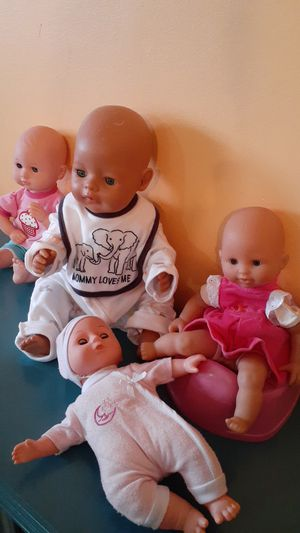 Baby dolls for Sale in Hialeah, FL