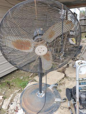 Fan for Sale in Monroe, LA