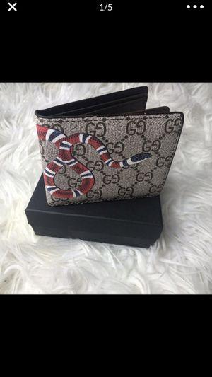 Gucci wallet for Sale in Smyrna, GA