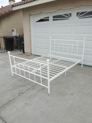 queen size bed for Sale in Perris, CA