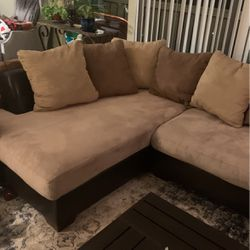 Large Sectional Sofa (microfiber) for Sale in Mill Valley,  CA