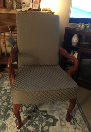 Living room chair for Sale in Murfreesboro, TN