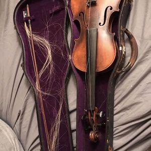 Vintage Copy Of Antonio Stradivarius Violin 4/4 for Sale in Enumclaw, WA