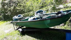 14 ft fully equipped with tm and 9.9 Honda motor for Sale in Pine Bluff, AR