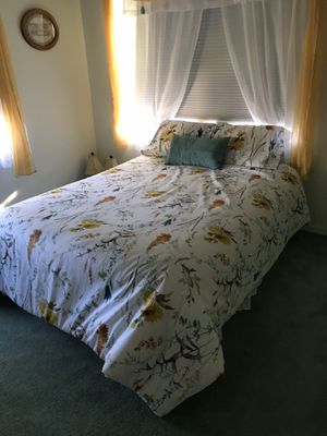 Queen bed for Sale in Land O Lakes, FL