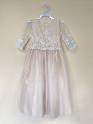 New Champagne Flower Girls Party Dress Size 7 for Sale in Hacienda Heights, CA