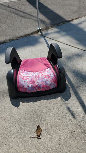 Girls booster seat for Sale in Torrance, CA