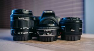 Canon SL2 with 3 lenses, 2 extra battery for Sale in Seattle, WA