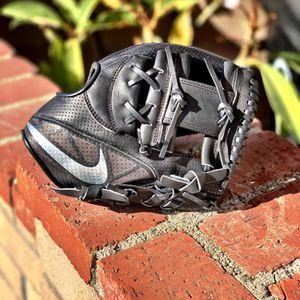Nike MVP Select Baseball Glove Size 11.5 NWT for Sale in La Mirada, CA