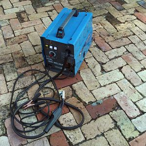 Welder Dual Mig Welder, Like New Condition. Used 2x. Welding Is NOT Me. Tried It. OBO for Sale in Fort Lauderdale, FL