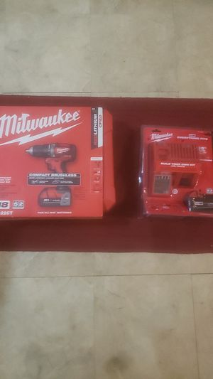 Milwaukee compact drill/driv5er kit & charger&5.0 lithium battery for Sale in Newport News, VA