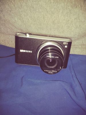 Samsund Lens Led Camera for Sale in Niagara Falls, NY