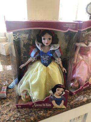 "Disney Princess 16"" Snow White 2001 Brass Key Keepsake Porcelain Doll for Sale in Chula Vista, CA"