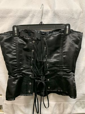 Bustier size 8/10 dress and sparkle black with bow tie for Sale in Miami, FL