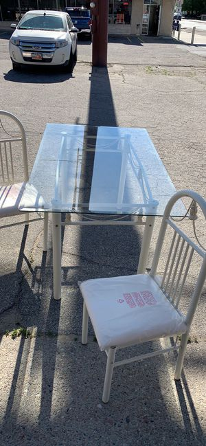 New Table with glass top & 4 chairs for Sale in Bingham Canyon, UT