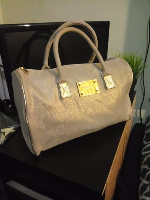 Michael Kors bag for Sale in Yonkers, NY