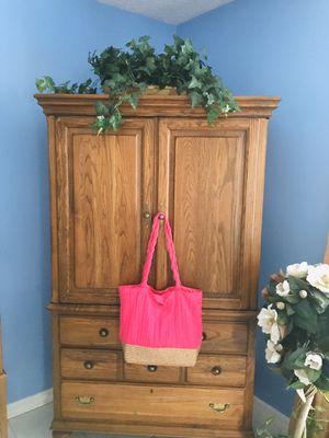 NEW SUN N SAND WOMAN'S ZIPPER TOTE BAG for Sale in Sebring, FL