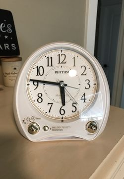 38 melodies alarm clock for Sale in Spanaway,  WA