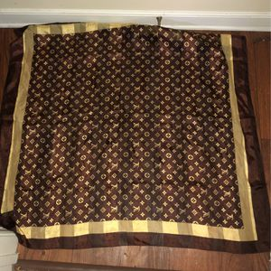 Luis Vuitton Scarf for Sale in Chester, VA