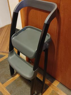 Highchair for Sale in Carson,  WA