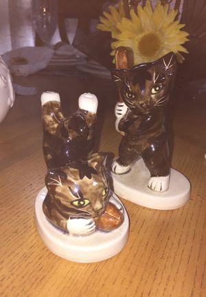 Ceramic cat for Sale in Houston, TX