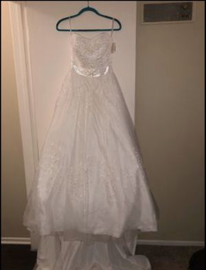 Wedding dress for Sale in Santa Ana, CA