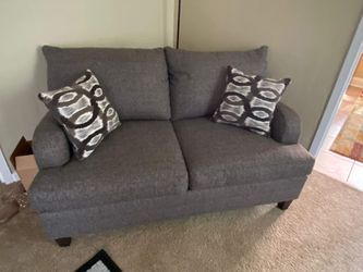 2 Grey Couches for Sale in Pittsburgh,  PA