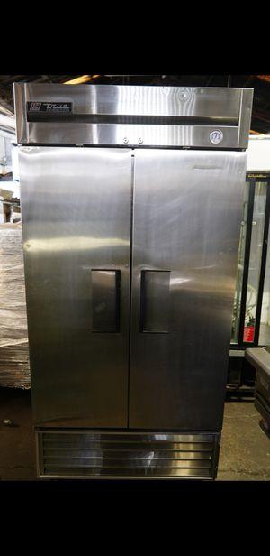 True T-35 2 Door Freezer 115v for Sale in Los Angeles, CA