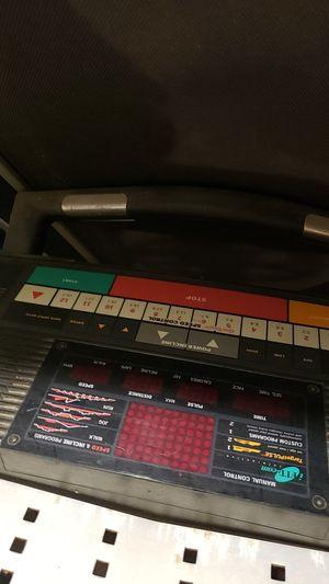 Health Rider softstrider R60 Treadmill for Sale in Boston, MA