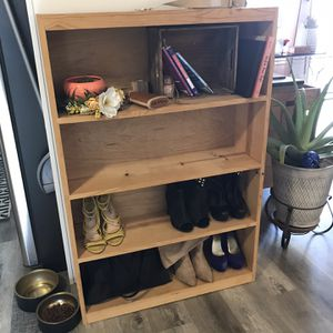 Book case for Sale in San Diego, CA
