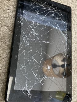 Amazon Kindle Broken Screen for Sale in Tampa,  FL
