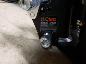 Curt 17500 weight distribution hitch for Sale in Chicago, IL