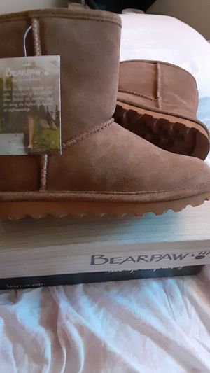 Brand New BearPaw Girls Boots Size 3 for Sale in San Diego, CA