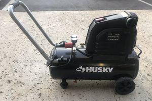 Husky 8 gallon compressor for Sale in San Diego, CA
