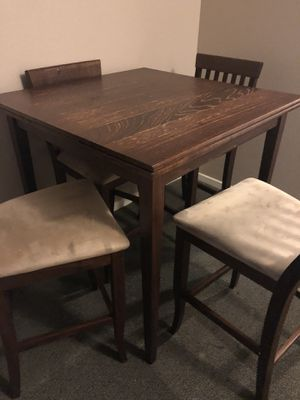 Extendable dinner table (6) for Sale in San Diego, CA