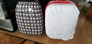 Hello Kitty suitcase for Sale in Kailua, HI