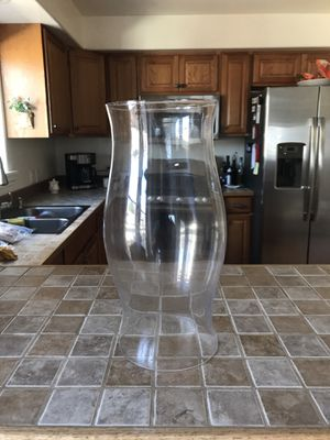 6 glass hurricanes good for weddings, crafts, parties etc. open at top and bottom for Sale in Oceano, CA