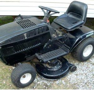 Riding mower need spark plug runs good for Sale in Murfreesboro, TN