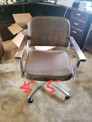 Office chair for Sale in Huntington Beach, CA