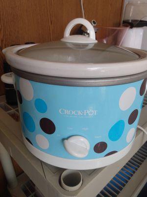 Crock Pot 2 1 2 Quart Slow Cooker Polka Dot Pattern for Sale in Largo, FL