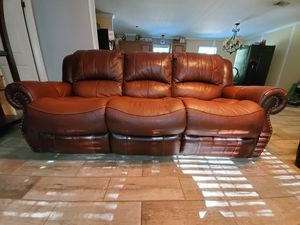 Italian leather reclining sofa and love seat for Sale in Plant City, FL