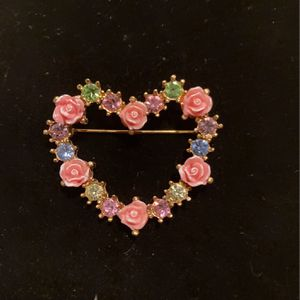 Vintage Heart Brooch, Pin - Pink Rose & Rhinestone - Good Condition - #artssoflo for Sale in Miami, FL