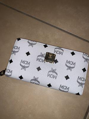 Wallet for Sale in Auburndale, FL