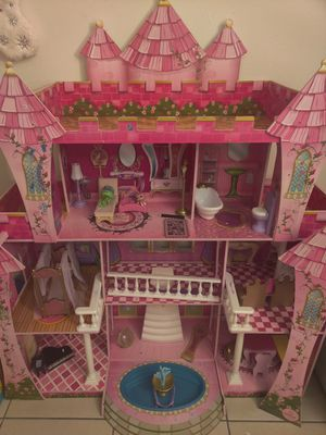 Doll house for Sale in Lake Worth, FL