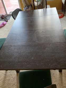 IKEA Expandable Table And 4 Chairs for Sale in Tacoma,  WA