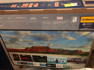 55 inch Samsung smart tv only taken out of the box to see what the picture looked like.. basically brand new for Sale in Shoreline, WA