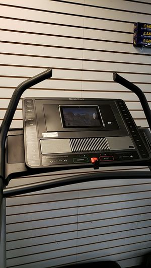 Nordictrack x11i incline trainer treadmill! 2020 model! for Sale in Glendale, AZ
