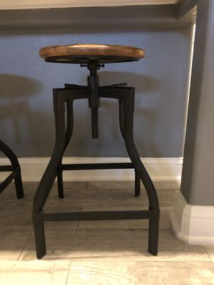 Metal and wooden counter stools for Sale in Houston, TX
