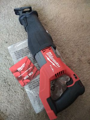 Milwaukee New Super Saw Zall: M18/Fuel/Brushless: 15 amp (Tool only) Nuevo, No Batería for Sale in Los Angeles, CA